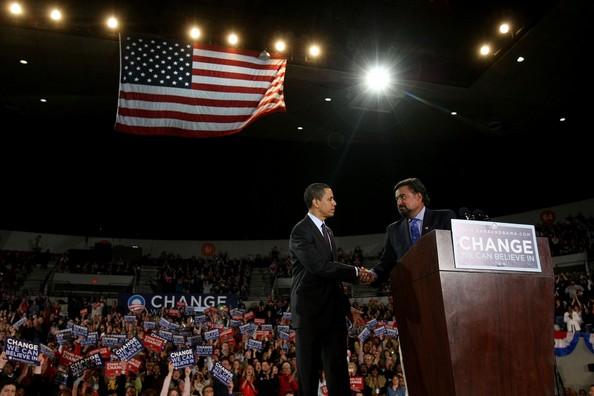 Barack+Obama+Holds+Campaign+Rally+Portland+E_NoQAg3_6Ml