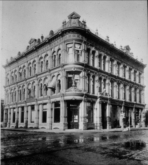 Ainsworth-bank