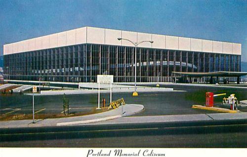 Coliseum_postcard