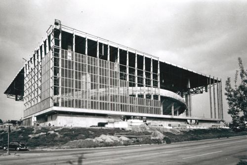 1960_Memorial Coliseum Construction_A2001-005.28-2