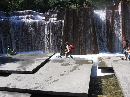 Keller-fountain-1