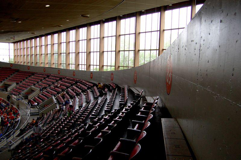 Coliseum & parade 018A