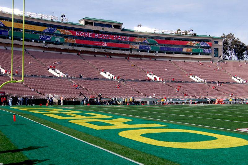 Rose Bowl 023A