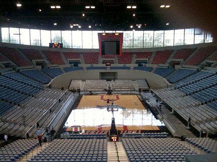 Veterans call for Coliseum restoration, plan Veterans Day ...