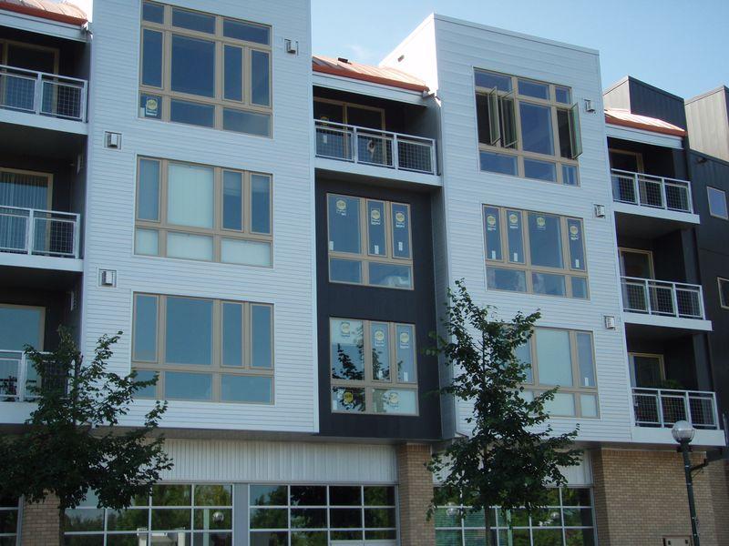 Lofts@Round-new windows