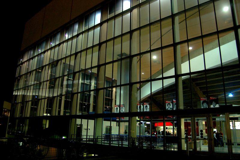 Coliseum_night