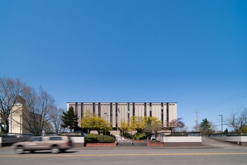 20110422_MCG0050_Vancouver-City-Hall-Edit