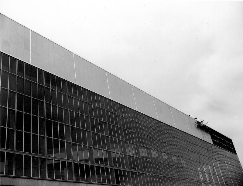 1960_Memorial Coliseum Construction_A2005-005_716.90-2