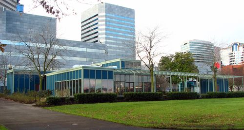 Yeon_Visitors_Information_Center_ground_level_-_Portland_Oregon