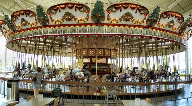 Jantzen Beach Carousel 1