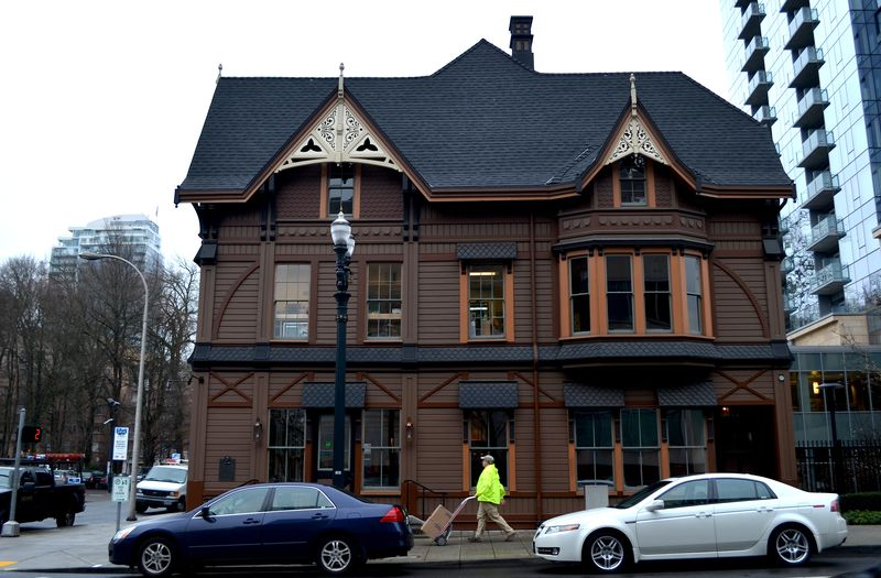 DSC_1127B_LaddCarriage