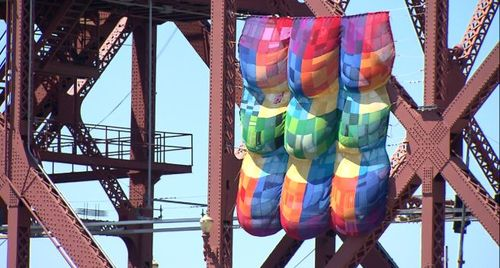 7-21-13-broadway-bridge-yarn