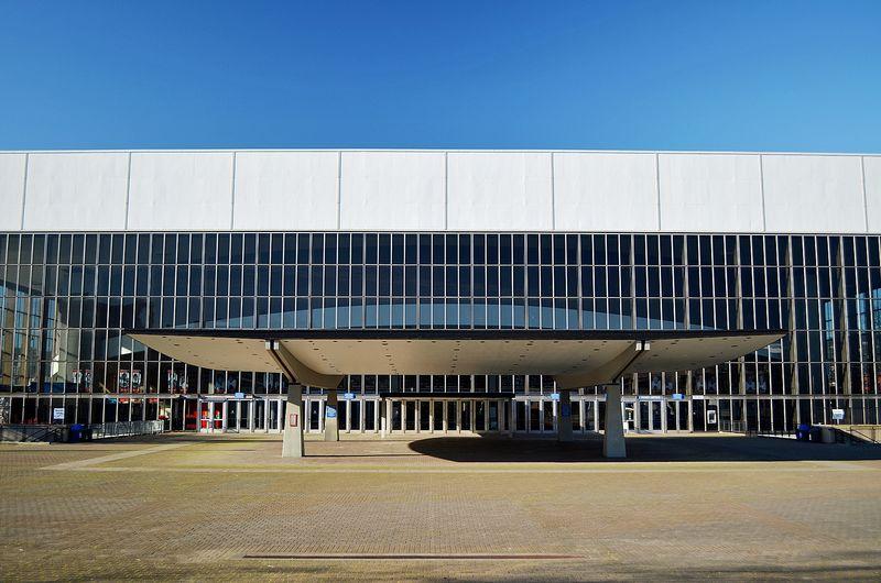 DSC_0007R_Coliseum