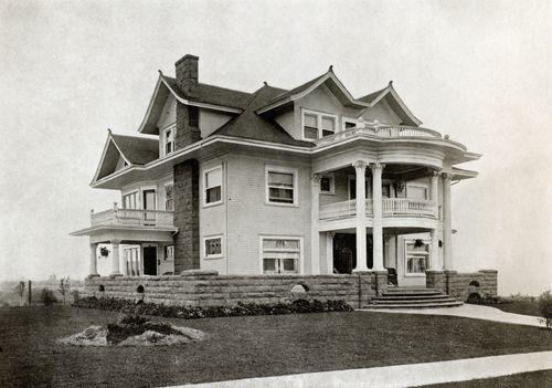 Sullivans Gulch House