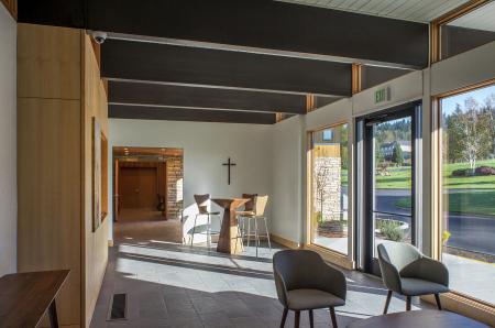 16-interior_lobby2