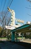 Interstatesigns_3_crown_motel